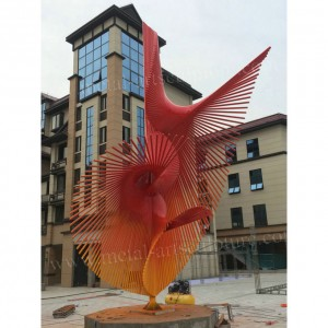 Metal Art Metal Sculptures Fan Shape Sculpture as Outdoor Decoration Red Color