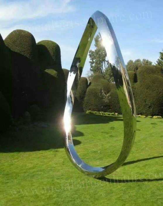 Modern Metal Garden Sculptures , Large Outdoor Modern Circle Sculpture