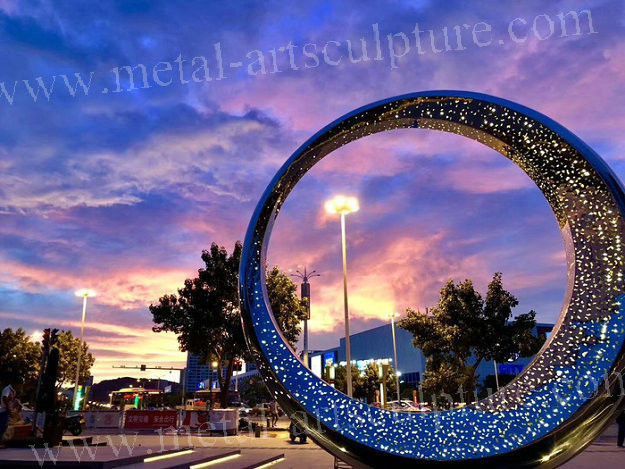 Stainless Steel Modern Outdoor Sculpture Circle Shaped Famous Metal Sculptures