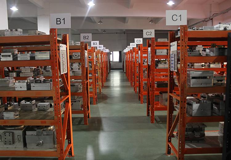 Investment casting foundry (8)