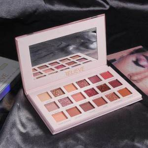 Best Quality Cosmetic 18 Color Glitter Matte Nude Pink Eyeshadow Palette