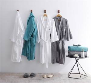 China Wholesale Plus Size Robes Manufacturers - wholesale winter thicken 100% cotton bathrobe embroidered couple Pajamas custom logo – Natural Wind