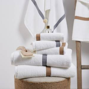 China Wholesale Bedspreads And Comforters Suppliers - Wholesale China Manufacturer Hotel Towel with 100% Cotton Customized Embroidered Logo Set of Hand Washcloth Bath – Natural Wind