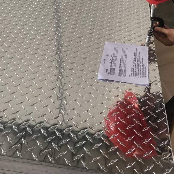 Aluminum Alloy Embossed Checkered Tread Sheet for Construction and Anti-Sl