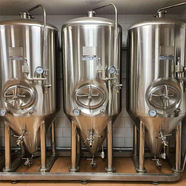 Wholesale Dealers of Beer Mash Tun 30l - 1000L double head fermenter – Obeer detail pictures