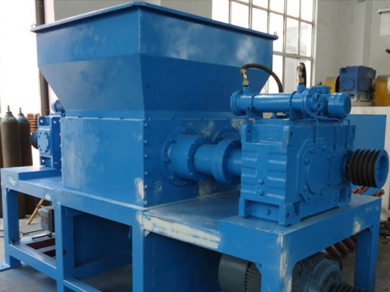 700 double-shaft shredder