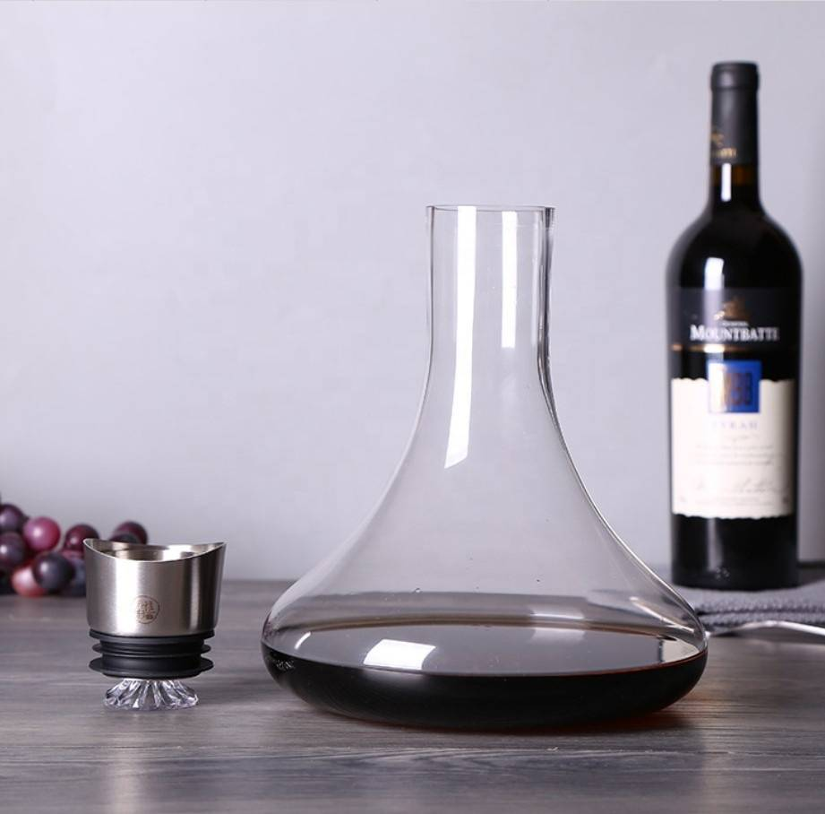 Lead-Free Hand Blown Crystal Glass Wine Decanter with red wine glasses