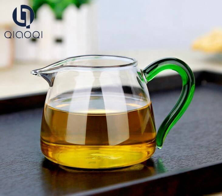 Clear Glass Tea Sharing Pitcher 300ml Glass Justic Cup with Color Handle