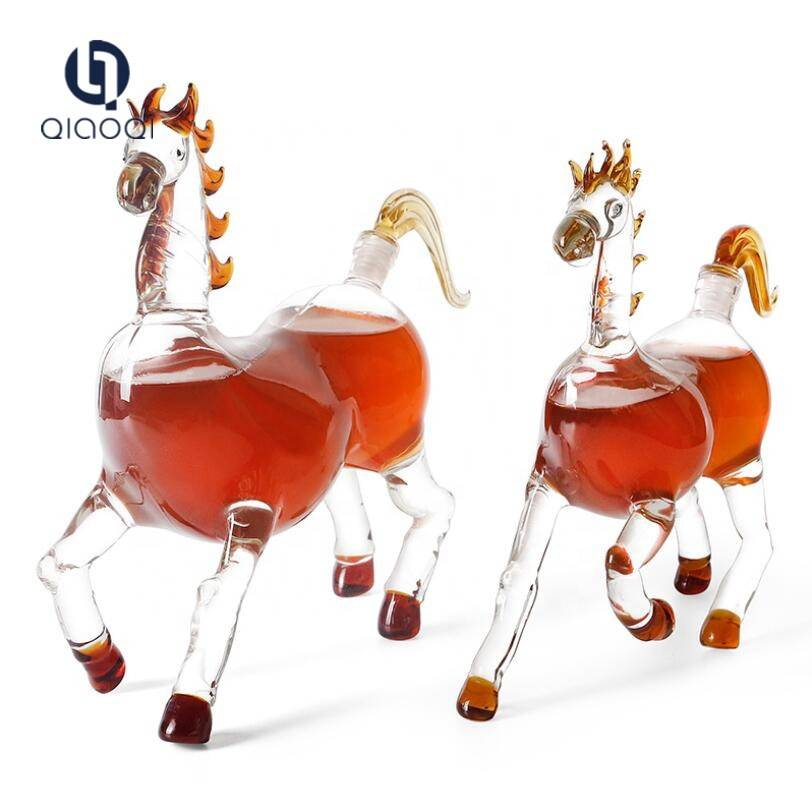 Trending Products Glass Dessert Cups - Animal shaped horse shaped clear glass wine liquor bottles – Qiaoqi