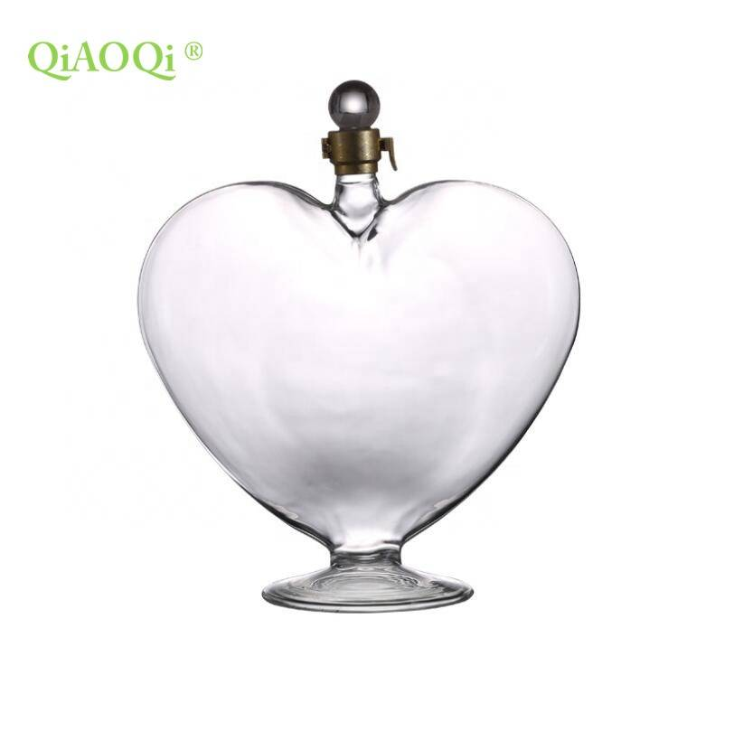 QiAOQi heart shaped glass bottle wine bottle 1000ml corked liquor bottle