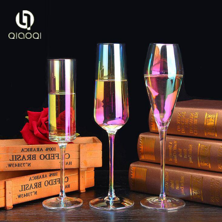 Hot Sale Customized Manufacture Colorful Glass Bottles for Wine