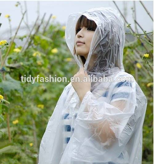 Waterproof Fashion Clear Plastic Raincoat