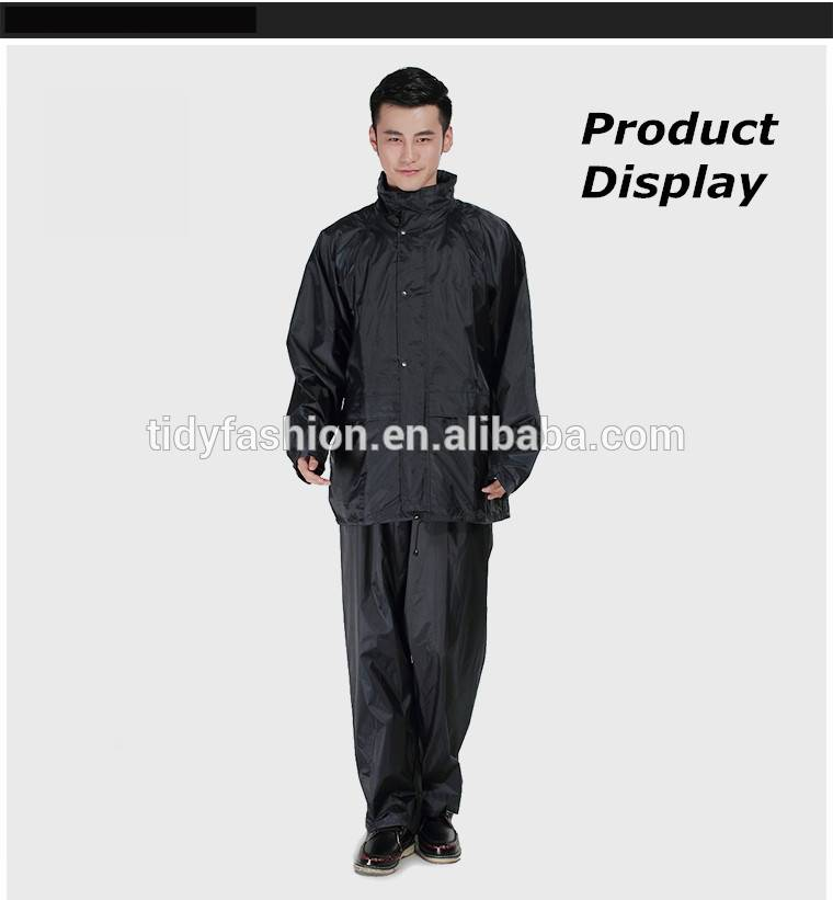 Trendy Breathable Waterproof Polyester Rain Suit for Men