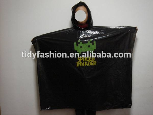 PE Plastic Disposable Hooded Waterproof Black Poncho Raincoat