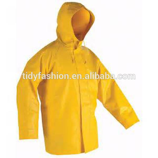 Plastic PVC Mens Hooded Waterproof Camo Rainwear
