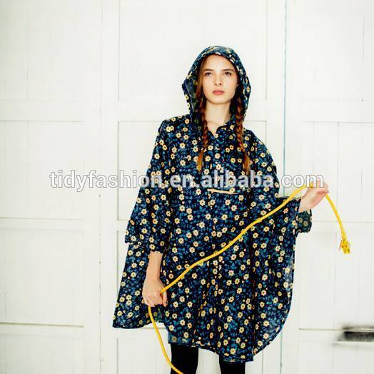 Custom Printed All Over Printing Ladies Flower Polyester Rain Poncho