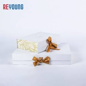 Magnet Hard Paper Gift Packaging Box With Ribbon