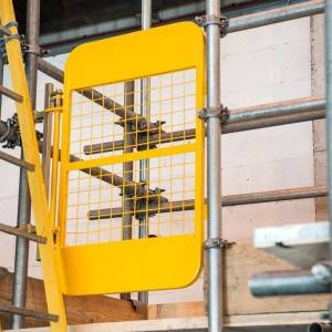 Scaffolding Self-Closing Safety Gate for Ladder...