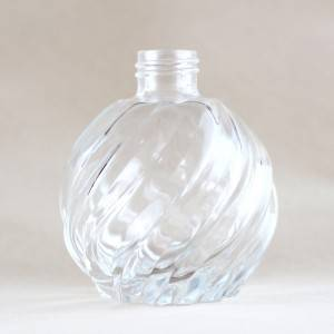 Oblique Pattern Aroma Glass Bottle