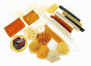Hot melt adhesive for labeling
