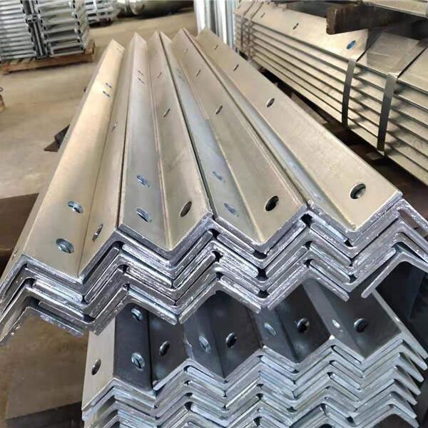 Equal Angle Steel - Steel Building Materials Punching Angle Hot Dipped Galvanized – Rainbow