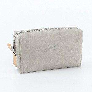 Reusable pouch designed with pu coated Dupont Tyvek
