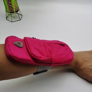 arm bag in pink