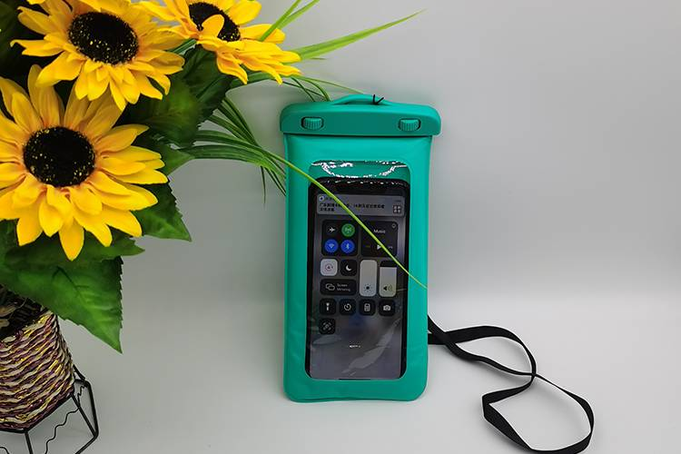 waterproof bag in green color Featured Image