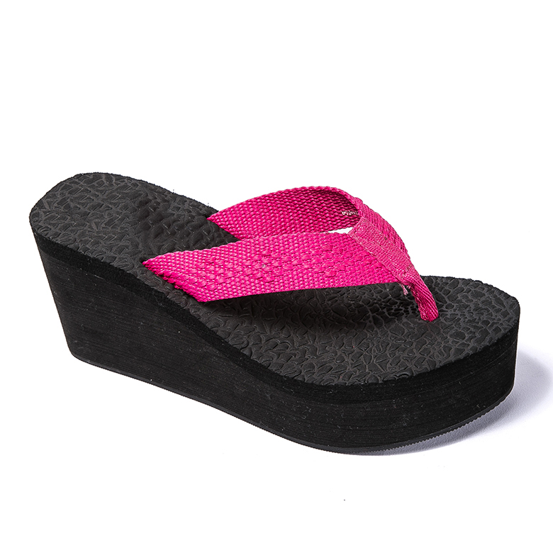 Low price for Casual Footwear - 2020 Women Embossed Style Wedge Beach slipper / flip flops – WEFOAM