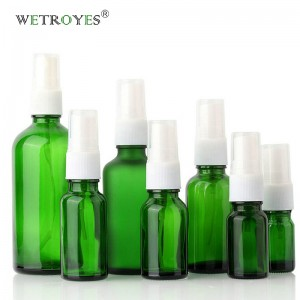 Green Glass Bottle for Essential Oil with Mist Sprayer
