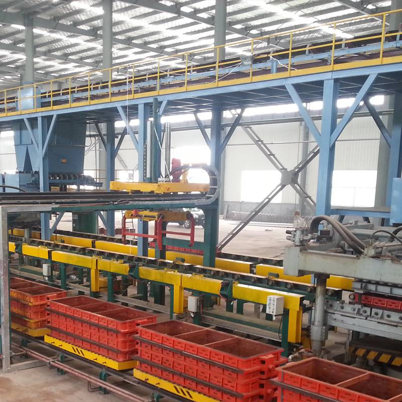 Semi-Automatic Moulding Line