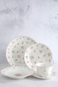 Factory Cheap Oven To Table Ceramic Serving Sets - Rose Deacl Freely Match White Porcelain Tableware – WELLWARES