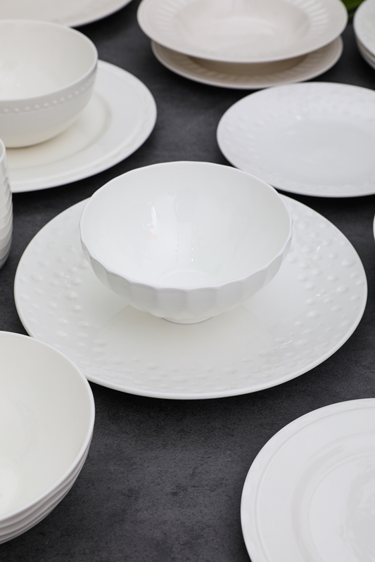 New bone china emboss tableware set