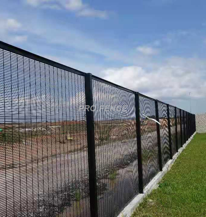358-High-security-wire-mesh-fence