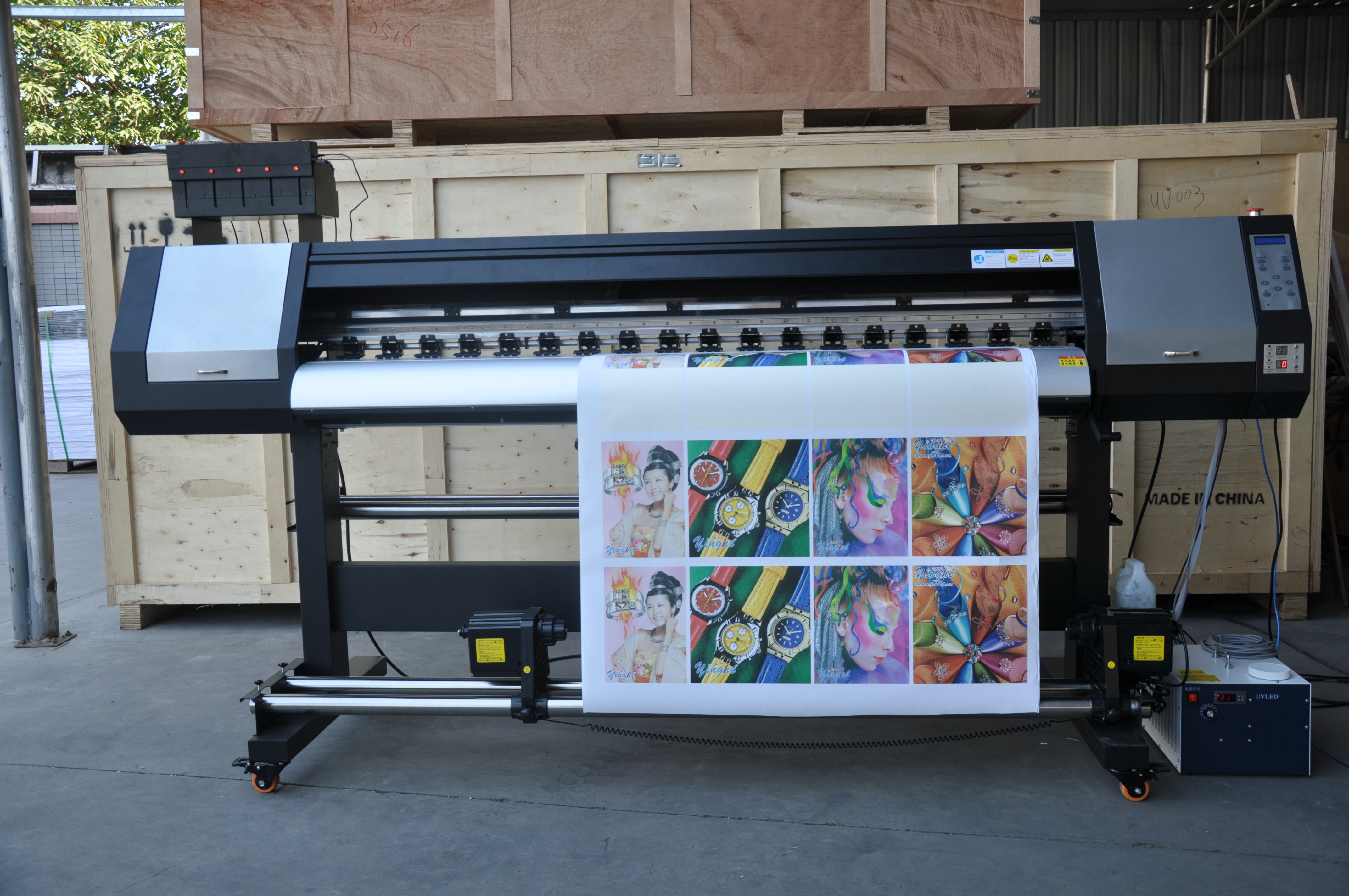 Indoor and outdoor environment applications and common inks for large format printer