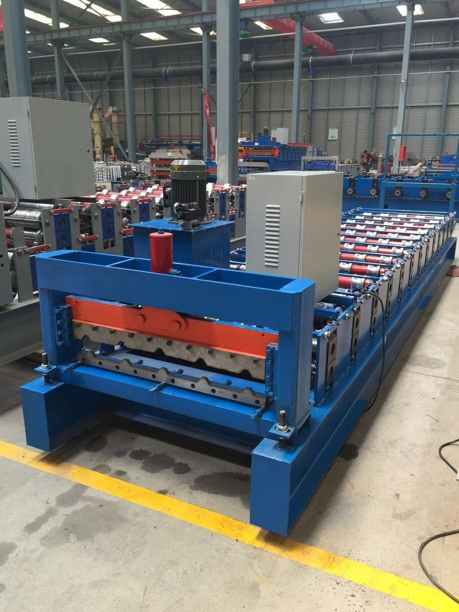 Short Lead Time for Guardrail Offset Block Cold Bending Machine - colorful steel plate roll forming machine – Yingyee