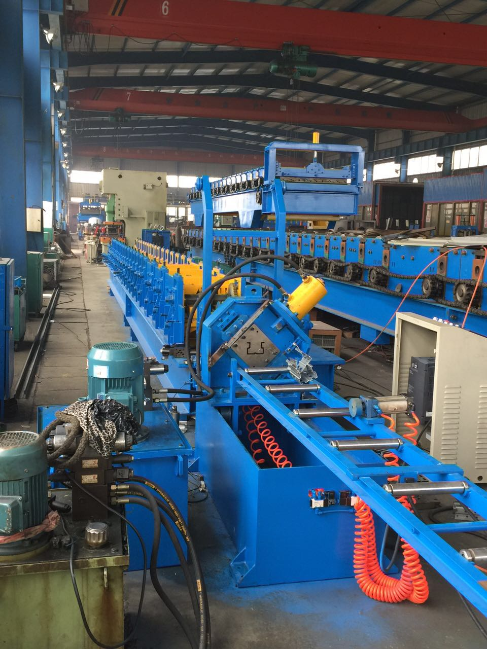 Metal storage rack /upright pillar roll forming machine