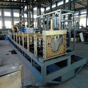 Bolt and Nut long span forming and bending machine