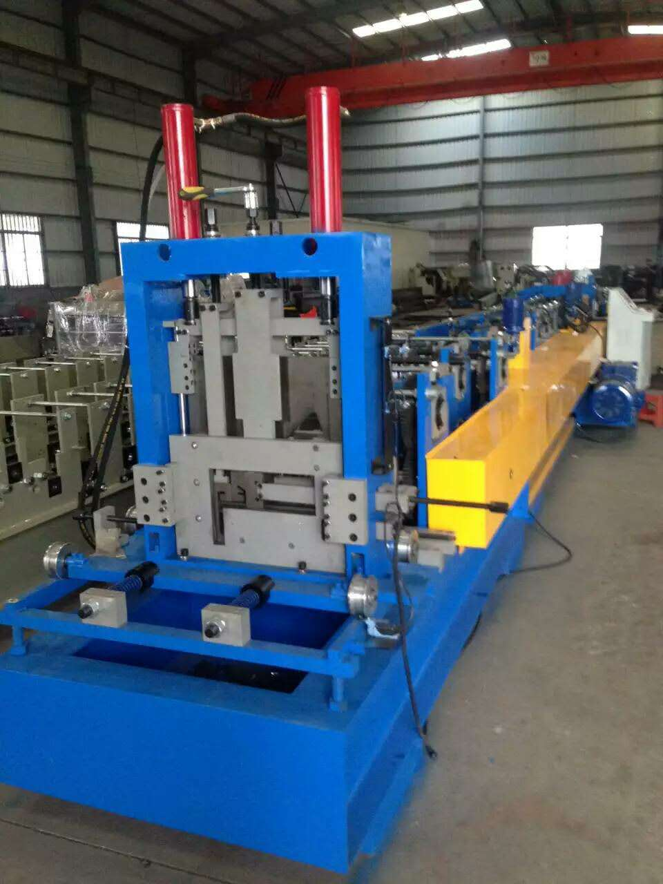 One of Hottest for Large Span Forming Machine - 1-3mm Steel metal purlin roll forming machine – Yingyee